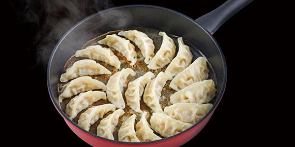 キッチンの「スキマ」スペースを有効活用できるフライパン オーレル