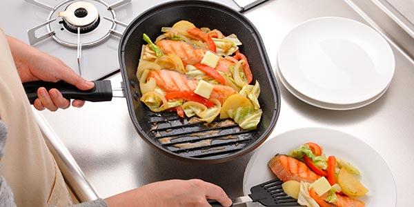 コンロでお魚を焼くのに便利!マローネシェフ