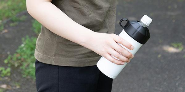 ペットボトルクーラーを実際に野外に持ち出して使ってみました