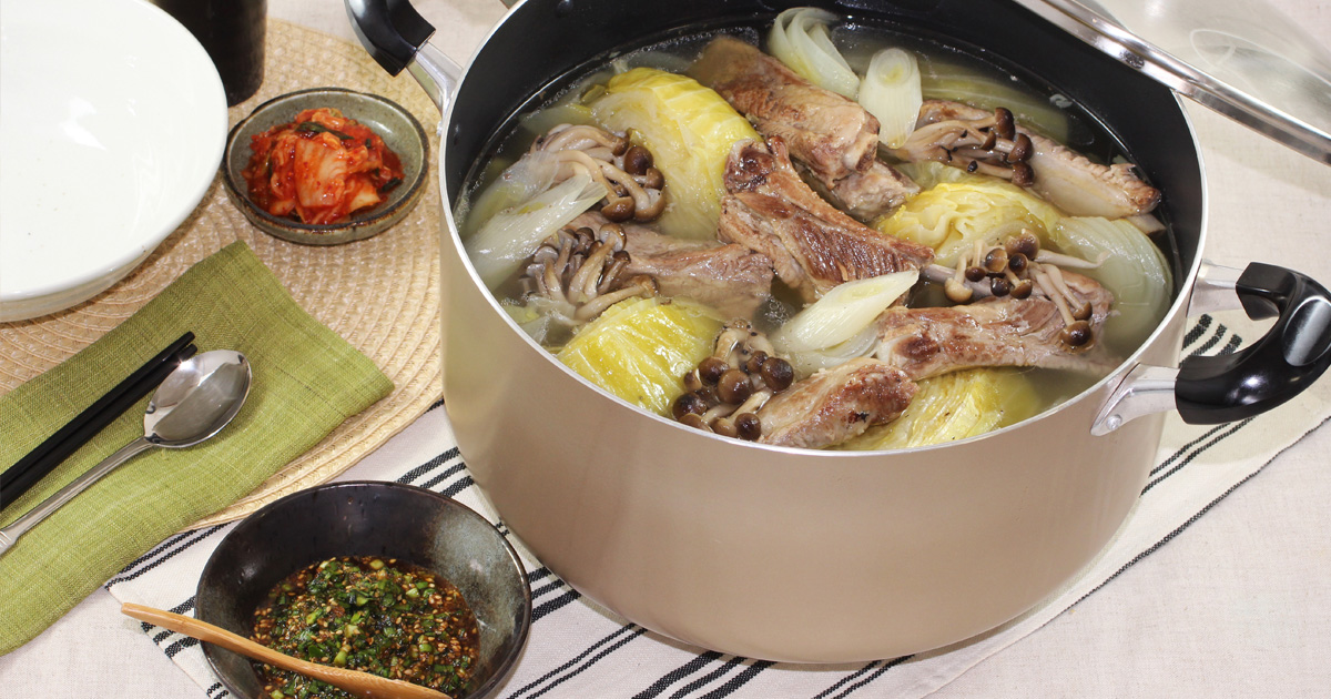 ごろっと肉!スペアリブとキャベツのわんぱくスープ
