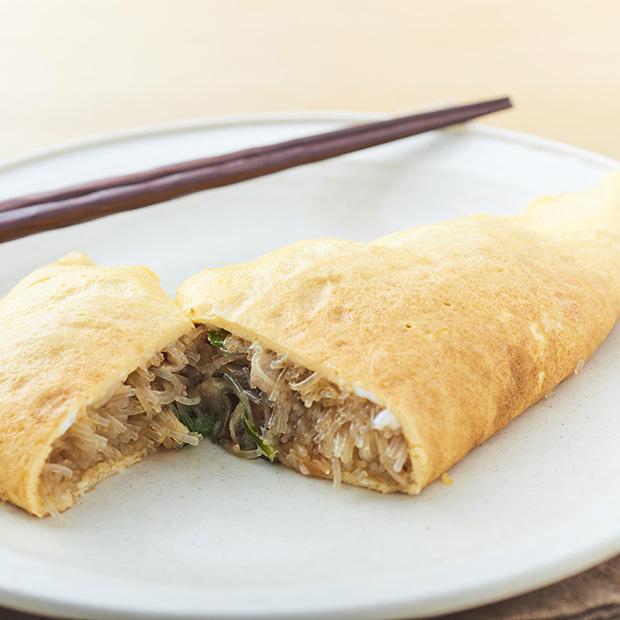 アレンジレシピ「チャプチェ入りオムレツ」