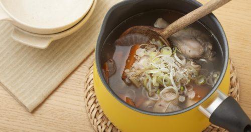 たっぷりしょうがの雑穀入りサムゲタン風スープ