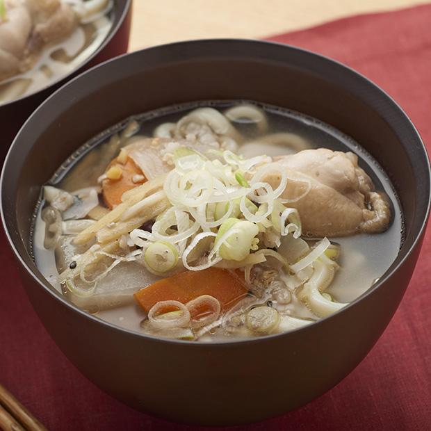 アレンジレシピ「うどん入りサムゲタン風スープ」