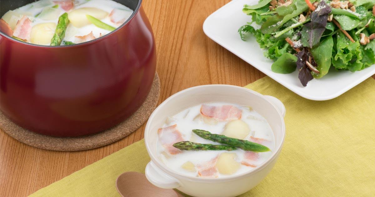 新玉ねぎとベーコンのミルクスープ